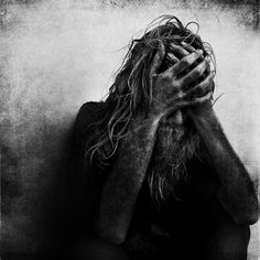 accountant turned self-taught photographer, Lee Jeffries, gripping portraits of the homeless