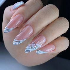 Romantic Nails, Elegant Nails, Stylish Nails, Oval Acrylic Nails, Acrylic Nail Designs, Nail Art Designs, Nails Design, Red Wedding Nails, Bridal Nails