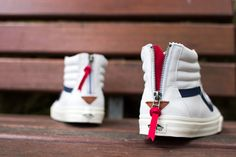 Vans Sk8 Hi Zip CA – Varsity Stripe / True White