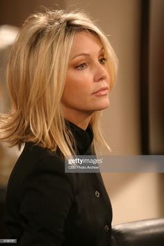 Actor Heather Locklear in a guest Very Short Natural Hairstyles, Hairstyles For Fat Faces, Short Natural Curly Hair, Short Afro Hairstyles, Girls Short Haircuts, Haircuts For Long Hair, Layered Haircuts, Long Hair Cuts, Short Curly Hair