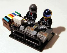 Jake Meier Creates a LEGO Version of the Digital Duo Daft Punk #LEGO trendhunter.com
