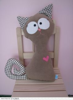 Ambrosial Make a Stuffed Animal Ideas. Fantasting Make a Stuffed Animal Ideas. Sewing Toys, Sewing Crafts, Sewing Projects, Cat Crafts, Animal Crafts, Fabric Animals, Cat Quilt, Cat Pillow, Fabric Toys