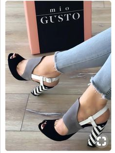 There are a world of assorted types of high heeled shoes, including pumps, platforms, sandals, wedges and high heeled boots for ladies. Dream Shoes, Crazy Shoes, Me Too Shoes, Pretty Shoes, Beautiful Shoes, Beautiful Legs, Hot Shoes, Shoes Heels, Heeled Sandals