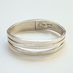 Vintage Taxco Mexico Abstract Sterling Silver Hinged Bangle Bracelet JRZ Clover by redroselady on Etsy