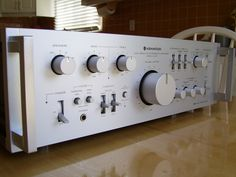 Kenwood KA-907 integrated amplifier