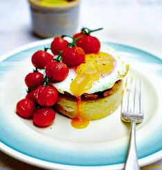 Rachel Khoo's Kitchen Notebook potato crumpets and maple gammon recipe. The pillowy crumpets are a fantastic substitute for the heavier hash brown #RKKN