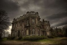 Abandoned manor house D  ( explore ) by andre govia., via Flickr