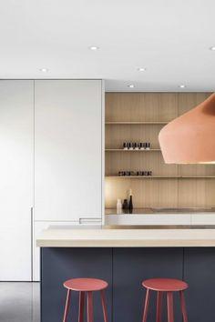 #cocina de estilo #escandinavo que combina muchos materiales, colores y texturas con un resultado muy hogareño y un toque femenino.