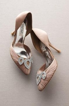 Wedding perfection: Badgley Mischka 'Dawn' Pump