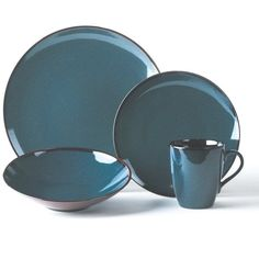 Sedona Blue 16 Piece Dinnerware Set ($200) ❤ liked on Polyvore featuring home, kitchen & dining, dinnerware, blue pattern dinnerware, stoneware dinnerware sets, everyday dinnerware, stoneware soup bowls and pattern dinnerware sets