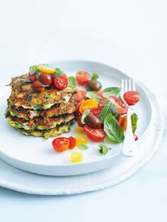 zucchini and feta fritters - Donna Hay Vegetable Recipes, Vegetarian Recipes, Cooking Recipes, Healthy Recipes, Skillet Recipes, Cooking Tools, Kebabs, Appetisers, Light Recipes