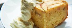 James Martin's autumn apple cake