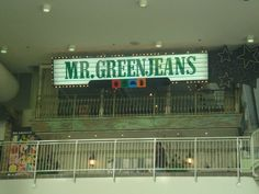 Mr Greenjeans Restaurant & Bar, Toronto Eaton's Centre Canadian History, Canadian Art, High School Memories, Eaton Centre, Toronto Ontario Canada, North York, Childhood Days, The Good Old Days, Landscape Photos