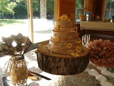 Eco Friendly Rustic Shabby Chic Vintage Brown Yellow Fall Round Wedding Cakes Photos & Pictures - WeddingWire.com