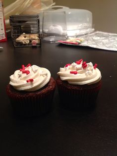 Chocolate cupcakes with Peppermint Schnapps buttercream Buttercream Cupcakes, Schnapps, Chocolate Cupcakes, Peppermint, Holidays, Desserts, Food, Mint, Vacations