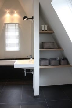 attic bathroom Houzz: Contemporary Country Style in the Netherlands contemporary-bathroom Home, Attic Bathroom, House, Loft Room, Small Attic Bathroom, Loft Bathroom, Bathroom Interior Design, Bathroom Design, Contemporary Bathroom