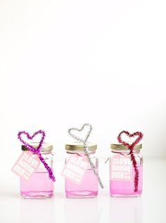 DIY Pink Bubbles and Heart Wand Blowers (with free printable tags)