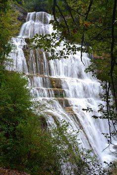 Cascades du Hérisson. Cascades, Medieval Town, Alps, Vines, Waterfall, Explore, Outdoor, Law School, Outdoors