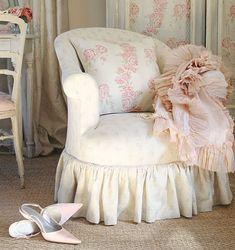 Shabby Chic chair - cover the ol' 60's chair