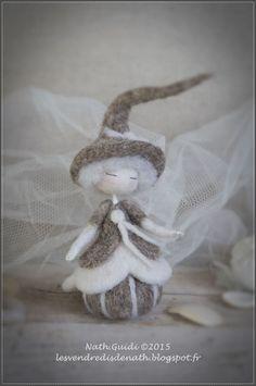Statuette en laine cardée feutrée, esprit de fée, couleurs naturelles-n°2 : Accessoires de maison par les-vendredis-de-nath