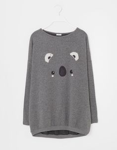 I love tops like this with animals on the front :) Always makes me feel comfy and cute on my lazy days