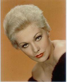 Kim Novak 1957