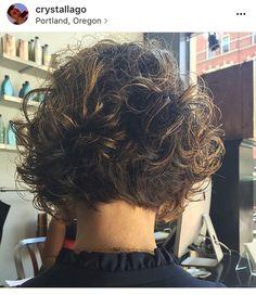 Fine Hair Cuts, Short Hair Cuts, Curly Hair Dos, Curly Hair Styles, Medium Short Hair, Medium Hair Styles, Modern Hairstyles, Down Hairstyles, Haircuts For Curly Hair