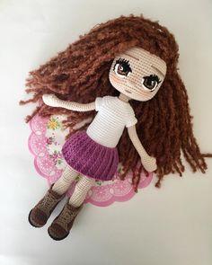 Yarn Dolls, Knitted Dolls, Crochet Dolls, Crochet Hats, Amigurumi Doll, Amigurumi Patterns, Doll Patterns, Knitting Patterns, Cute Baby Dolls