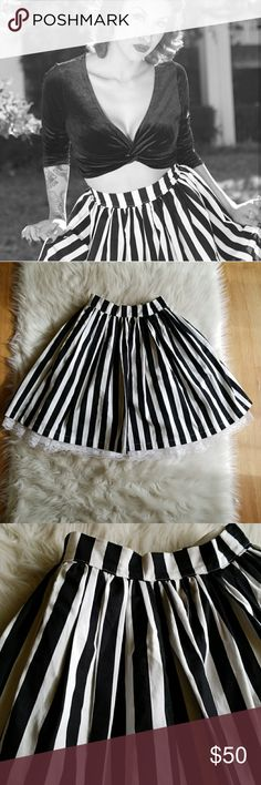 💀🖤 Beetlejuice Striped Pinup Circle Skirt 🖤💀 Gorgeous full circle skirt! Pictured with and without a petticoat. Does not come with it though. The skirt was custom made for me, and will fit a S or sizes 0-2  Features- comfortable fabric, zip and button back, and deep pockets!!!! 😻🖤😻🖤  Got questions? Feel free to ask! 💎 Pinup Couture Skirts Circle & Skater