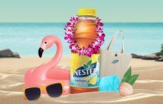 Gewinne mit Nestea 50 mal ein Sommer-Kit, bestehend aus jeweils einem Badetuch, einem Flamingo Getränkehalter, einer Strandtasche, einer Sonnenbrille und natürlich einer Flasche Nestea.