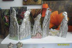 pesebre hecho en aluminio y mosaico