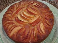 cinnamon and apple teacake