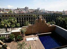 Terrace - Hotel DO: Plaça Reial. http://www.bookstyle.net/en/barcelona-style/hotels-with-style/do-placa-reial/21/0/67031