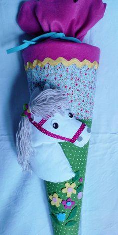 Schultüten - Schultüte mit weissem Pony - ein Designerstück von joyarts bei DaWanda