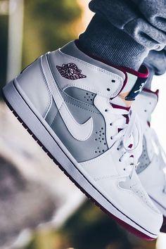 Nike Air Jordan I 'Hare'