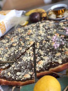 Populární koláč upečený z Bio špaldové Pernerky, který chutná všem. Rum, Pizza, Food, Trendy, Basket, Fine Dining, Essen, Meals, Rome