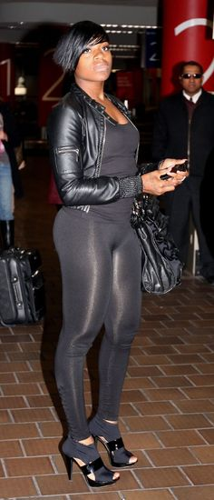 Fantasia Barrino Camel Toe | Seems like everyone was in NYC yesterday. Fantasia Barrino was spotted ...