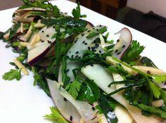 kohlrabi-parsley-salad