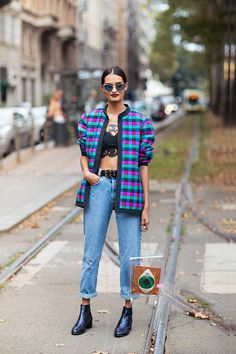 nice 25 Ways to Make Mom Jeans Look Modern