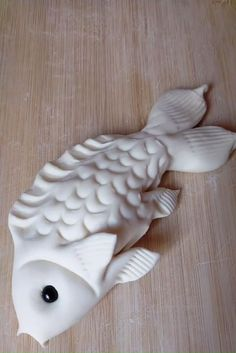Cake Decorating Videos, Birthday Cake Decorating, Cake Decorating Techniques, Creative Food Art, Fondant Animals, Food Carving, Pastry Art, Polymer Clay Crafts, Polymer Clay Fish