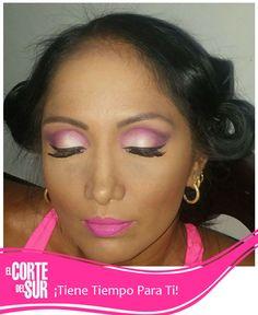Con Julian Mejia de nuestra sede Autopista Sur lucirás como quieres tu! Un maquillaje en tonos lila ideal para la noche. Llama y solicita tu cita 5522309 ¡El Corte del Sur Peluquería Te Consiente!