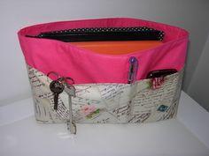 Organizador Coin Purse, Purses, Wallet, Fashion, Organizers, Fashion Styles, Fashion Illustrations, Bags, Handbags