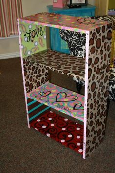 Would be adorable in a little girls room or playroom!