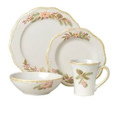 Pfaltzgraff Garland Spruce 16 piece dinnerware set, service for four. Set includes four of each - 11 dinner plates, salad plates, 12 ounce mug and 20 ounce soup/cereal bowl. Holiday Dinnerware, Dinnerware Sets, Cereal Bowls, Salad Plates, Dinner Plates, Garland, Tea Cups, Decorative Plates, Soup