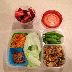 Leftover lettuce wraps and some snap peas and fruit! #cleaneating #easylunchboxes #lettucewraps #easylunchboxes  Purchase EasyLunchbox containers HERE: http://www.easylunchboxes.com/