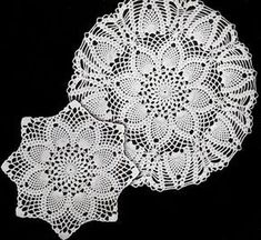 Free Written English and NEW! Pineapples Large & Small Doily crochet patterns from Star Doily Book No. by American Thread Company. Free Crochet Doily Patterns, Crochet Motif, Crochet Designs, Knit Crochet, Free Pattern, Crochet Granny, Stitch Patterns, Knitting Patterns, Crochet Home