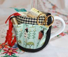 Warren Kimball Salt Box Houses Cross Stitch Sewing Craft  Mug Organizer Caddy