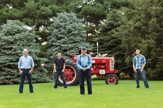 Country boys, large family pictures, tractor Sabrina Walsh Photography