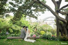 Julia and Eddie's Secret Garden Wedding in the City with gorgeous Vintage styled dinner