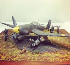 "🇫🇷 MDB 🇫🇷 on Instagram: ""#stuka #scalemodel #plastikmodellbau #ww2 #tamiya #trumpeter #luftwaffe #vallejo #humbrol #diorama #plastikmodel"" Luftwaffe, Tamiya, Scale Models, Diorama, Ww2, Fighter Jets, Aircraft, Instagram, Aviation"